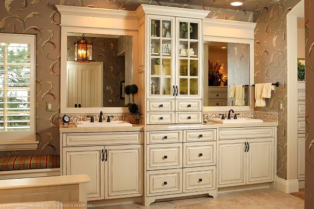 Lexington sc custom cabinetry chw cabinetry carolina for Custom bathroom cabinets